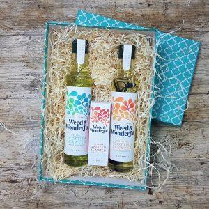 Weed & Wonderful seaweed infused oil gift set