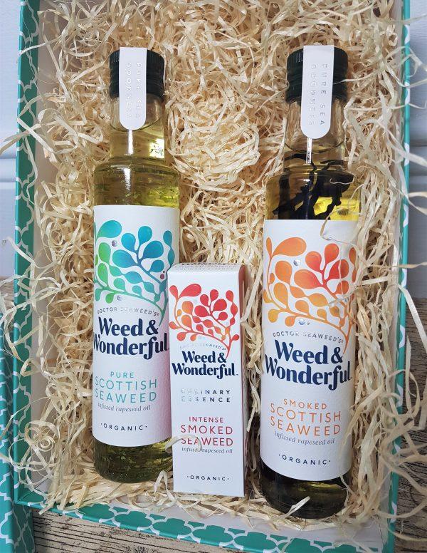 Weed & Wonderful seaweed infused oil gift set close up